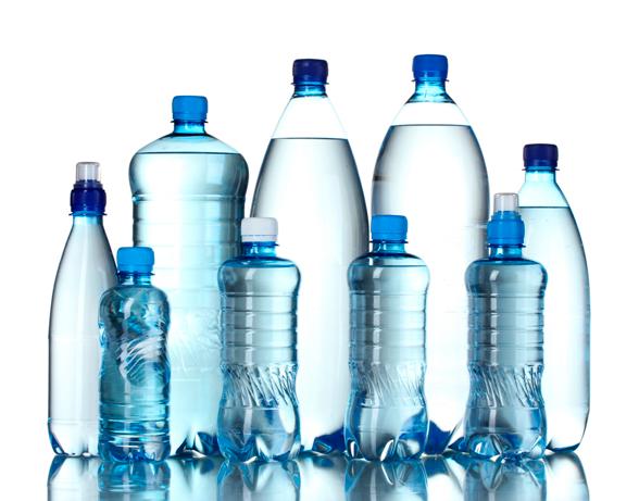 Estudios confirman incumplimientos de empresas embotelladoras de agua